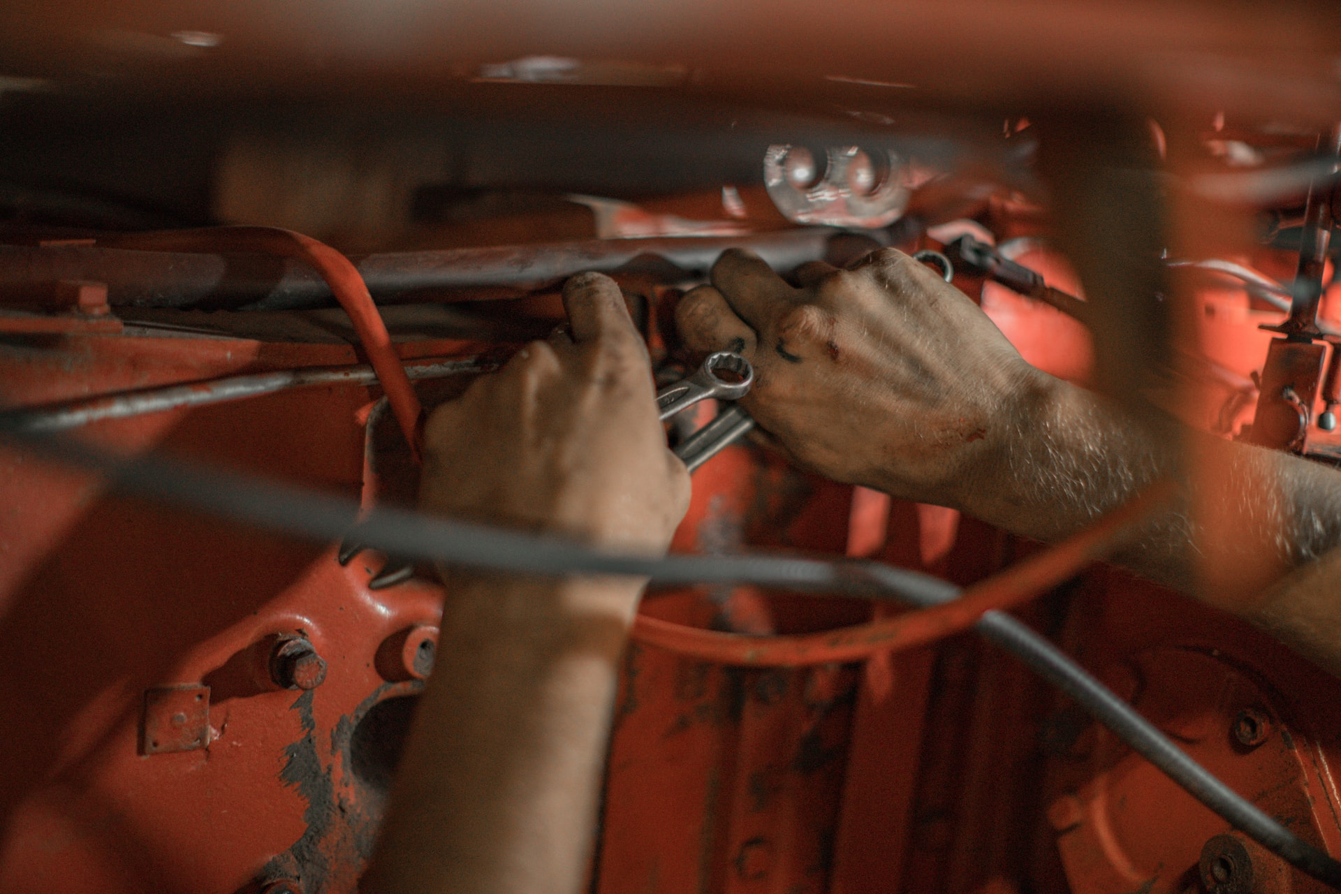 4 Good-paying Jobs that Only Require a High School Diploma on Skilled Trades Diesel Technician online certification course