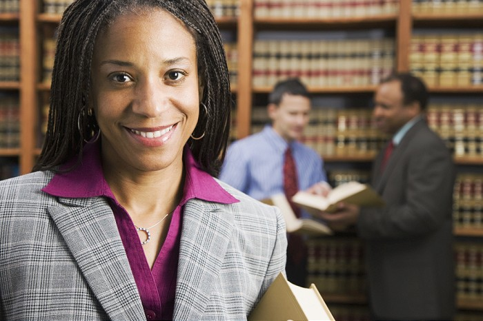 4 Well-Paying Jobs that Don't Need a Degree for Different Types of Job Seekers Paralegal online certification course